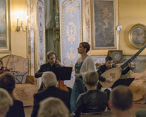 VIVALDI AND OPERA WITH A TRADITIONAL DINNER